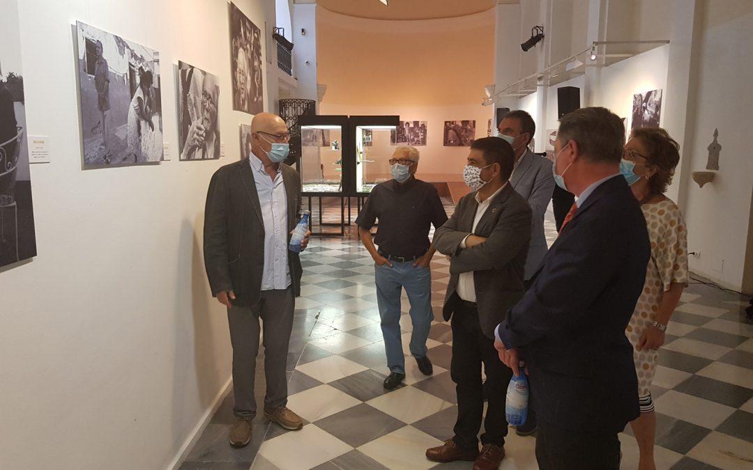 """""""Otros tiempos…"""" la exposición del periodista gráfico Pablo Juliá sobre la Transición en Andalucía"""