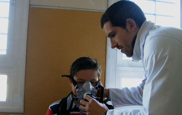 Un estudio del tosiriano Fernando Calahorro relaciona el ejercicio físico durante el recreo con la salud de los niños