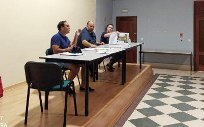 Reunión con vecinos para abordar el proyecto de remodelación de Parque Augusto