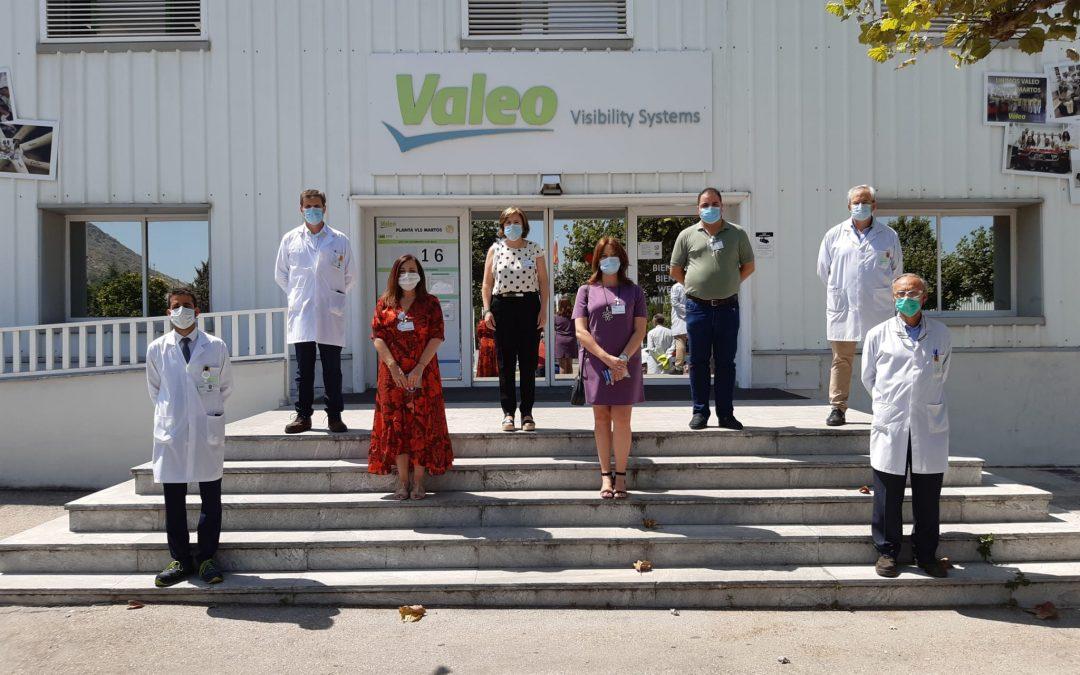 Reunión entre Valeo y administraciones para analizar el presente y futuro de la planta marteña