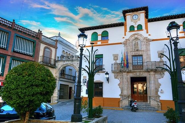 Más presupuesto y mayores ayudas municipales a empresas y autónomos de Alcaudete