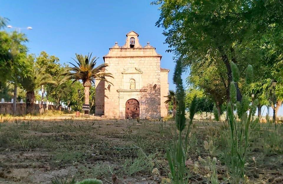 La ermita de la Patrona volverá mañana a la tradición de abrir cada día 8