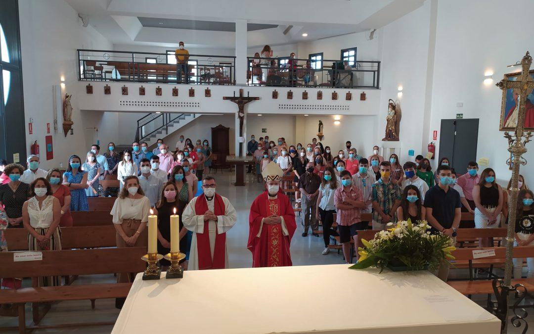 San Eufrasio acoge la confirmación de 20 fieles iliturgitanos