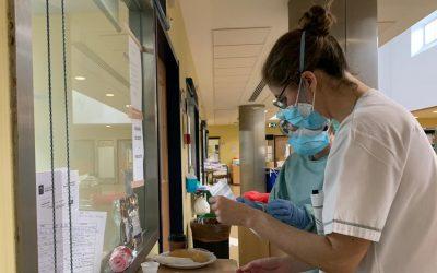 El Hospital de Andújar recibe a medio centenar de profesionales que se incorporan como refuerzos de verano
