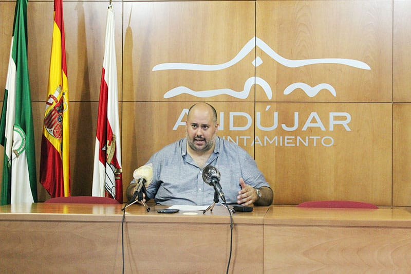 Medidas municipales contra el aumento de vertidos y enseres en diversas zonas de la ciudad