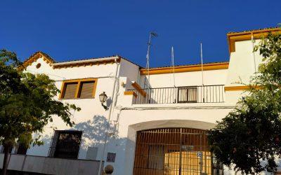 Finaliza el acondicionamiento de la fachada de las escuelas de San Juan