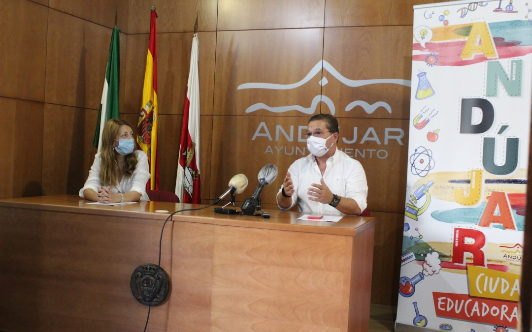Andújar emplea este año 200.000 euros adicionales para poner a punto los centros educativos