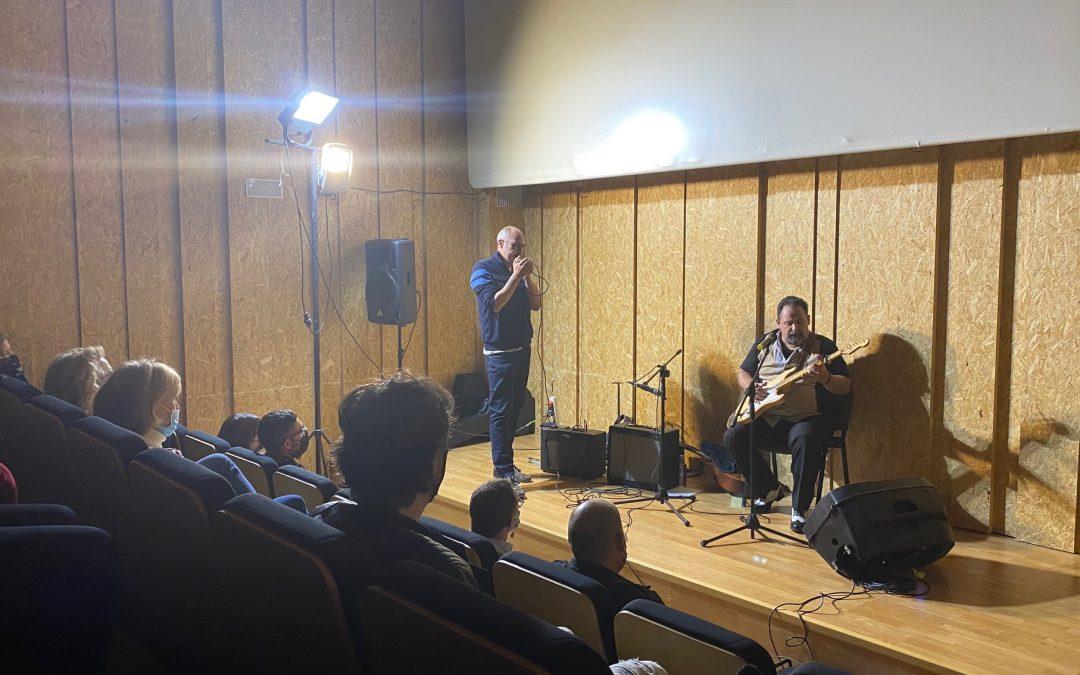 'Los viernes culturales' llenan de blues el escenario del Centro Cultural de La Carolina