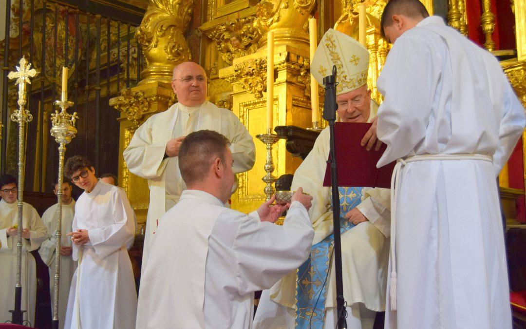 El obispo ordenará mañana diácono a Antonio Blanca en la Catedral de Jaén