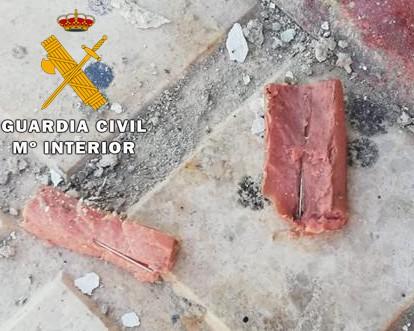 La Guardia Civil identifica al presunto autor que introducía clavos y alfileres en el interior de salchichas en Torredonjimeno