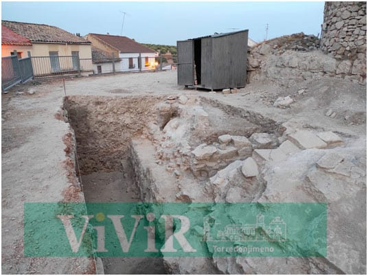 Las catas arqueológicas en el castillo sacan a la luz nuevos misterios de la fortaleza tosiriana