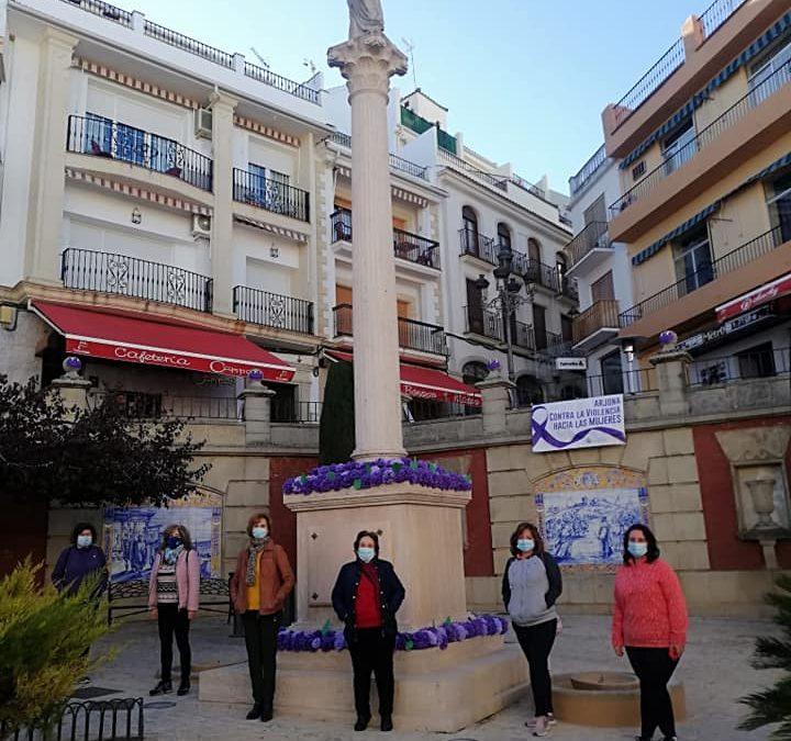 Arjona viste de violeta sus plazas y monumentos por el 25N