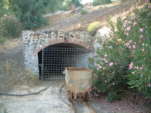 El Colegio de Geólogos pide inventariar los pozos mineros de Linares y La Carolina