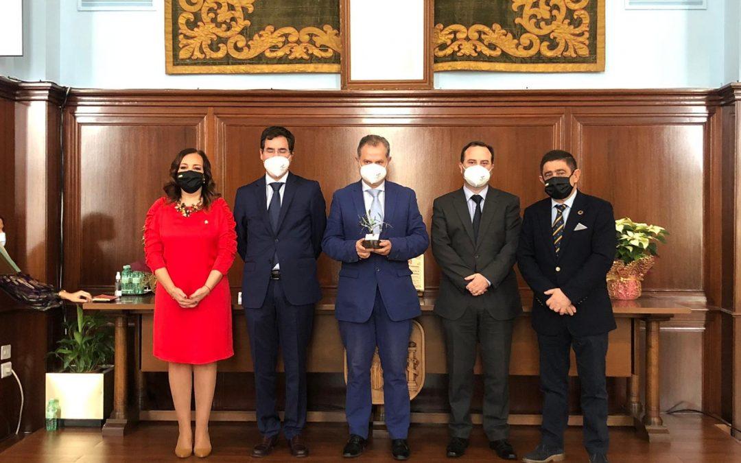 El Grupo Luis Piña recibe el Premio Constitución 2020