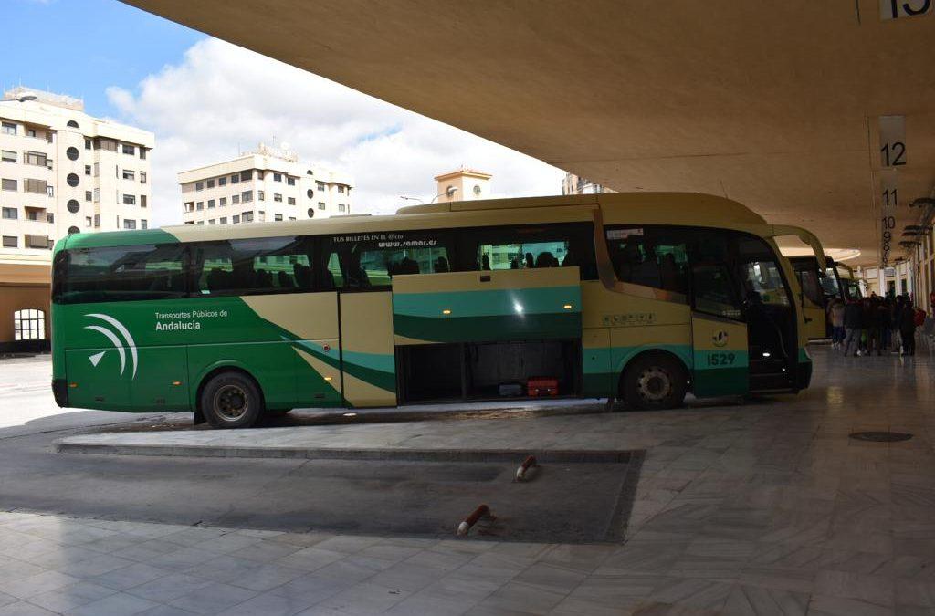 La Junta atiende parcialmente la petición del Ayuntamiento de retomar el servicio de autobús con un nuevo horario de tarde