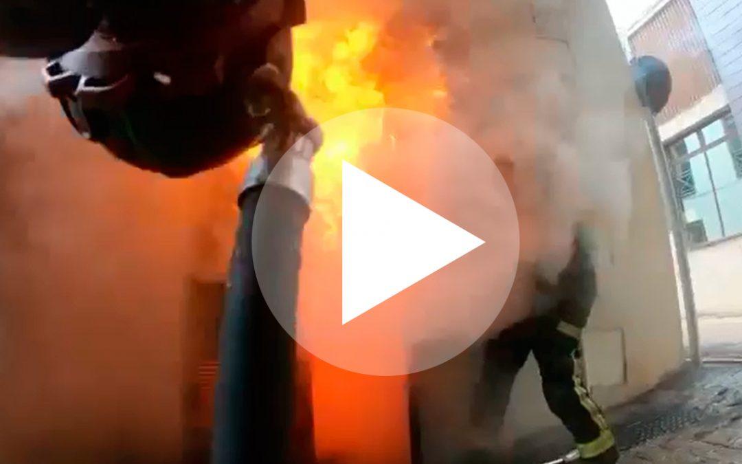 El incendio del transformador del Ayuntamiento de Martos, desde dentro