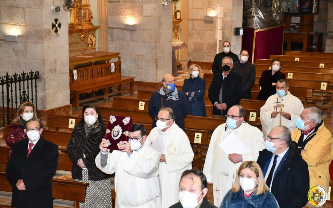 El Padre Alaminos toma posesión de su cargo en la Basílica de la Virgen de la Cabeza