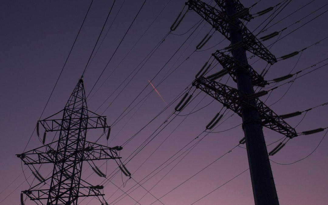 Denuncias y recogida de firmas contra los cortes de electricidad en Alcaudete