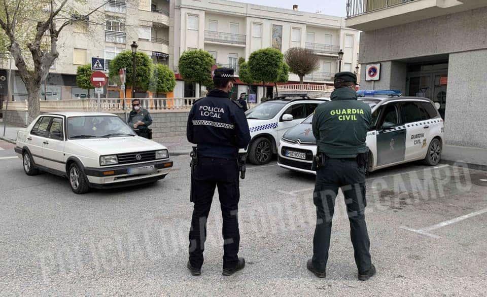 Multados varios vecinos de Torredelcampo por desplazarse al mercadillo de Torredonjimeno este domingo