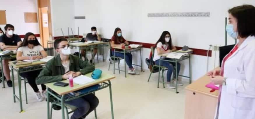 Piden prioridad para el personal de los centros educativos en la vacunación del Covid-19