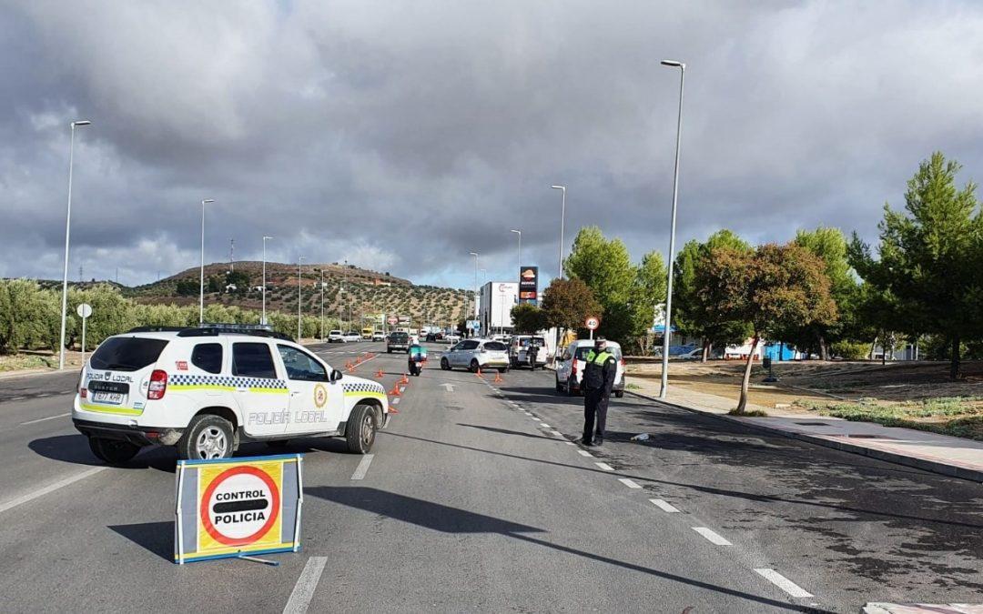 La Policía Local controla 120 vehículos durante la campaña especial de vigilancia de vehículos de transporte y autobuses