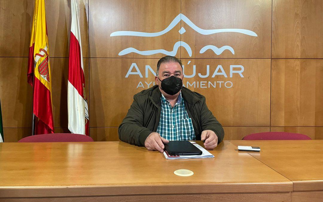 Andújar evalúa el mal estado de las vías pecuarias de la Junta en el municipio