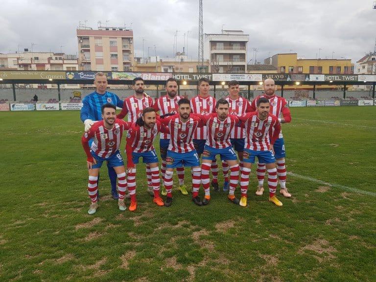 El UDC Torredonjimeno nuevo líder en Tercera División