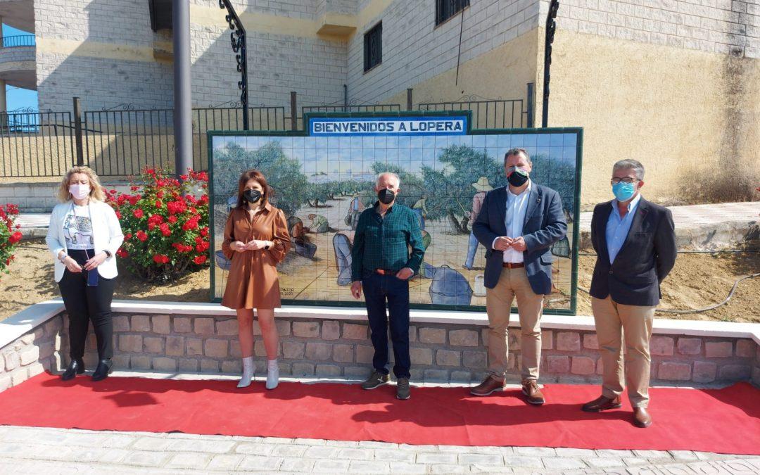 Un mural del pintor Antonio Solorzano dará la bienvenida a Lopera