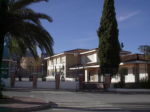 Unas 100 familias de Mancha Real en cuarentena por un brote en el colegio