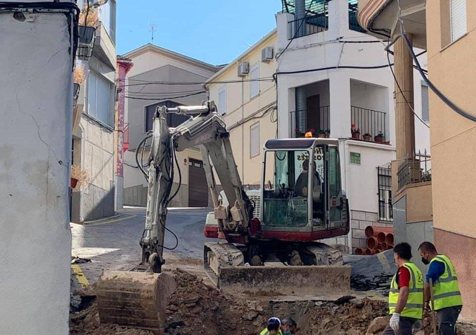 Renovación de pavimento y red de saneamiento de la calle Las Eras