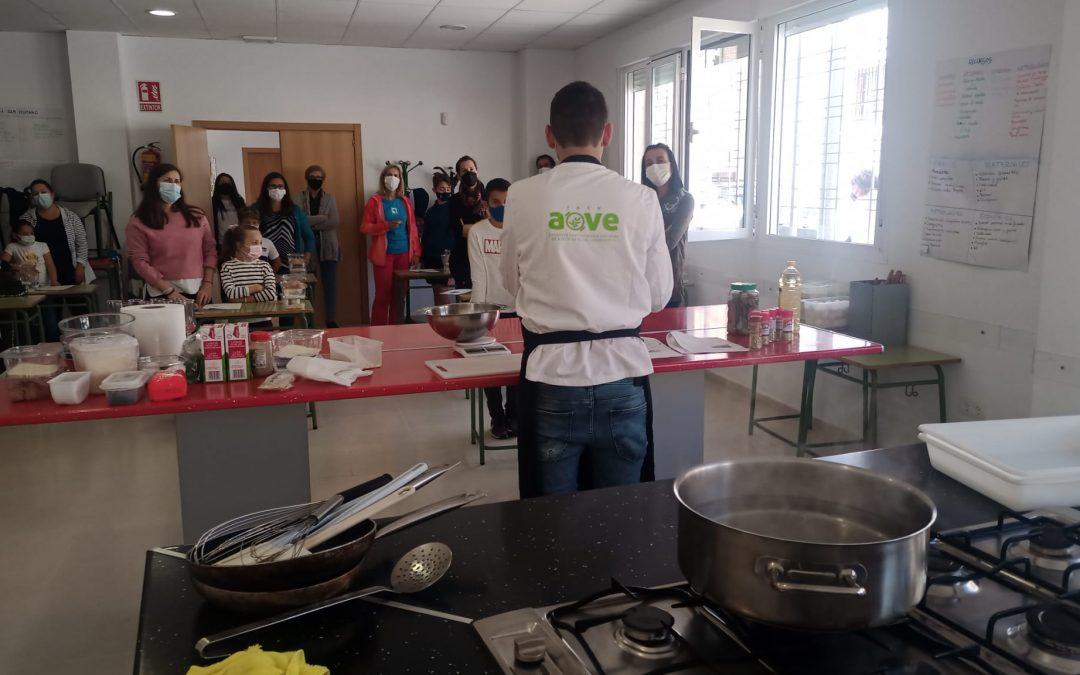 El Ayuntamiento de Torredonjimeno celebra el primer Taller de Cocina Saludable