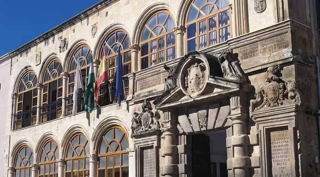 Martos aumenta en 90.000 euros la partida de Emergencia Social