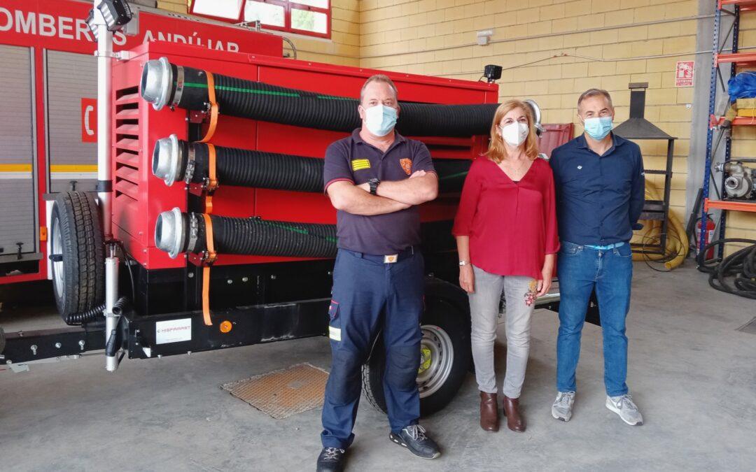 El Ayuntamiento de Andújar aumenta el equipamiento de Bomberos con una nueva bomba de achique