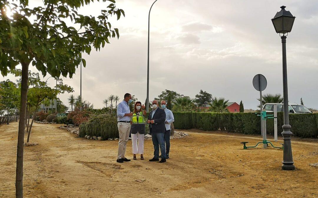 La Consejería de Fomento instala luminarias LED en la A-321 y la A-305 en Arjona para mejorar la seguridad vial
