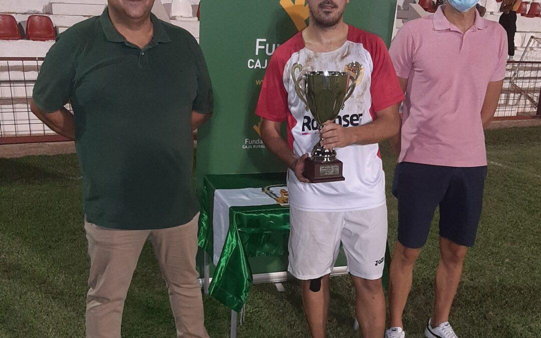 """El Martos CD se alzó con el Trofeo """"Ciudad de Martos"""""""