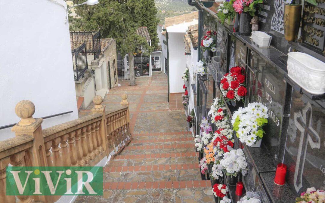 Martos amplía el horario del cementerio y el servicio de autobús por Todos los Santos