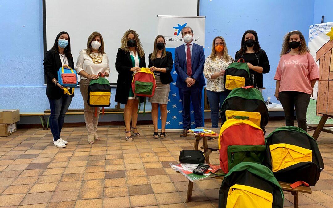 Material escolar solidario para el colegio Manuel Andújar de La Carolina