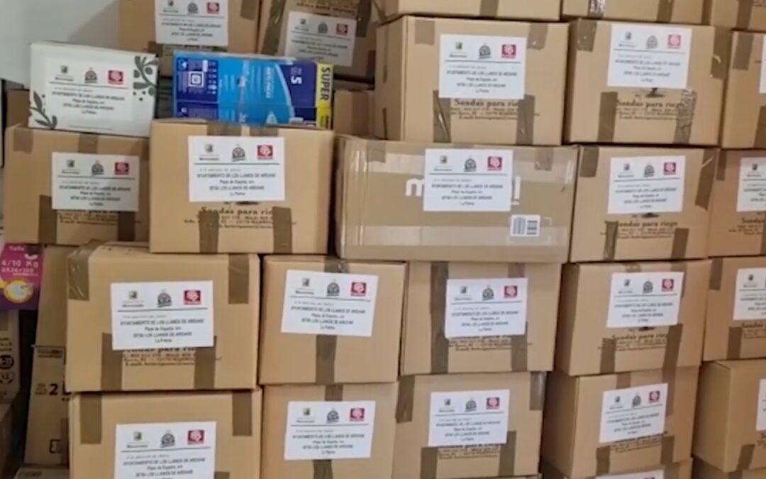 Envío masivo de material a La Palma