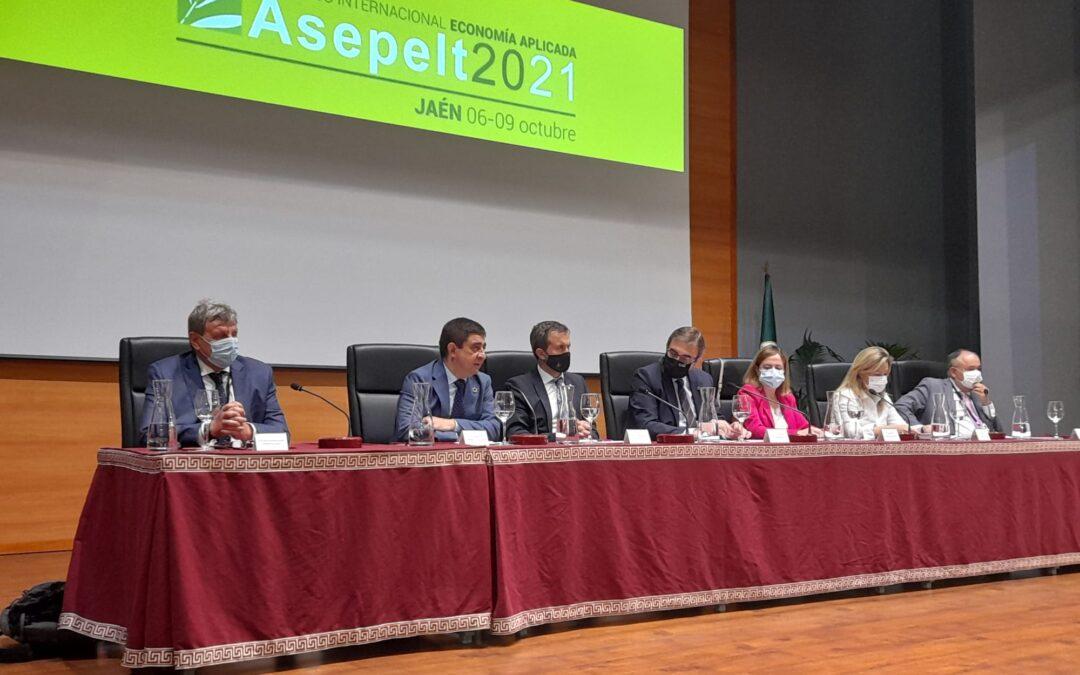 Reyes destaca la importancia del congreso ASEPELT  para promocionar Jaén y consolidar el prestigio científico de la UJA