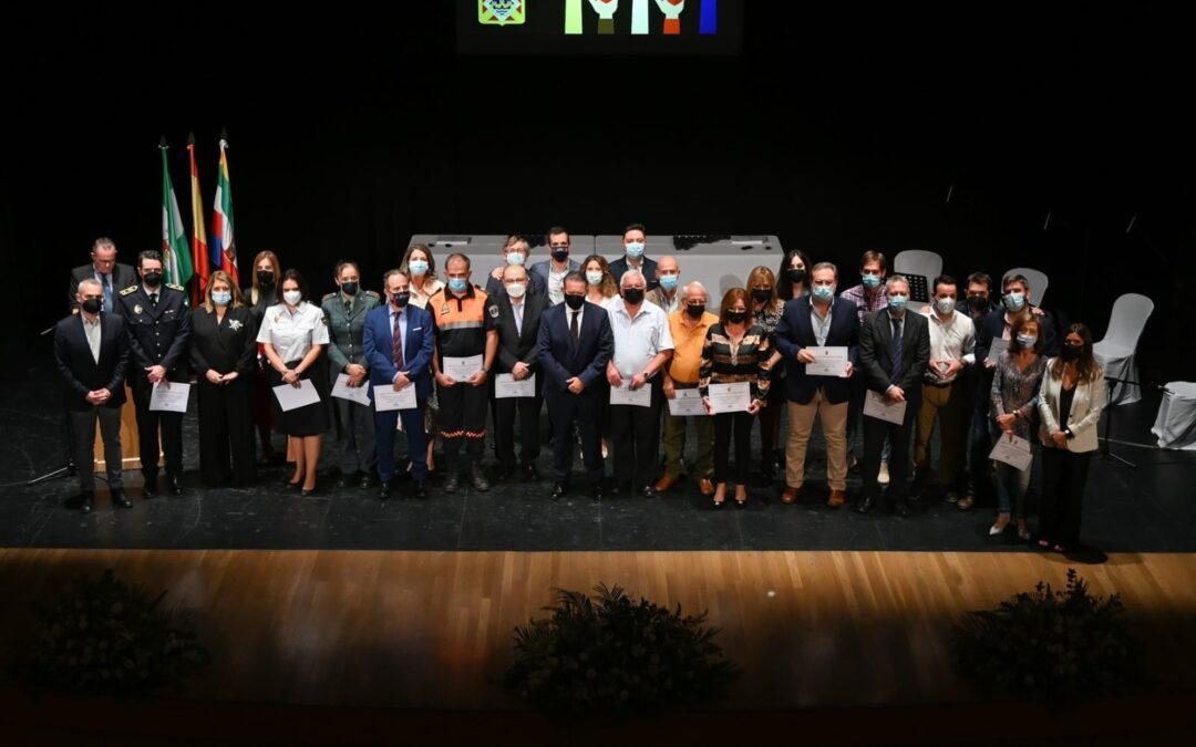 Linares rinde homenaje a los voluntarios de la pandemia