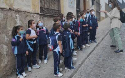 Escolares descubren el patrimonio histórico de Martos