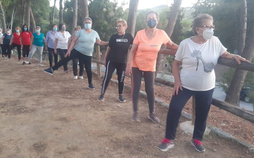 """Torredonjimeno incentiva el ejercicio físico y mental entre las participantes en el programa """"Activa-T"""""""
