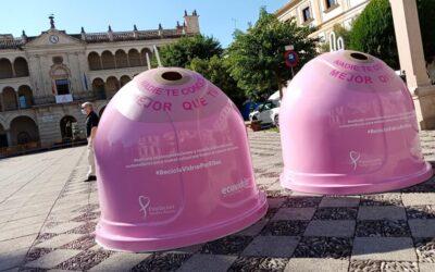 El Ayuntamiento de Andújar y Ecovidrio visibilizan el cáncer de mama a través de una campaña de reciclaje