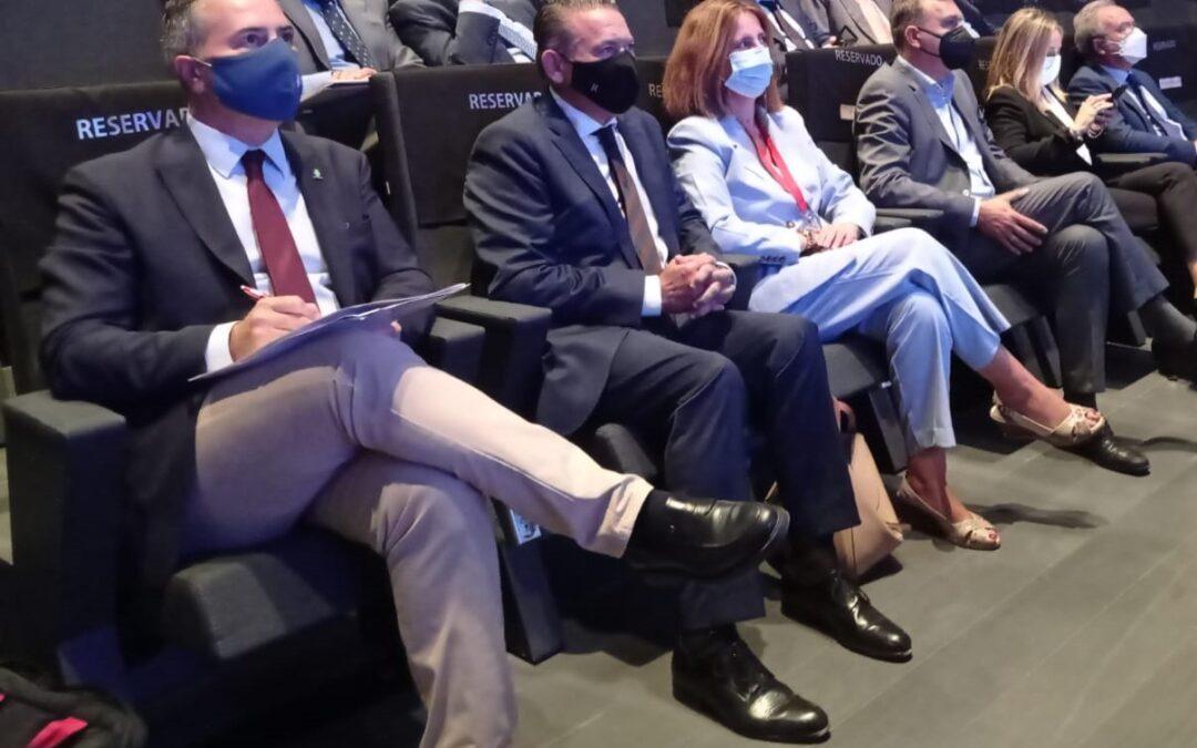 Linares participa en el foro sobre la importancia estratégica y logística de Andalucía
